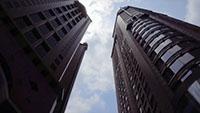 仰拍商务楼大楼 办公楼建筑物实拍视频素材