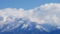 高原雪山风景风光延时摄影 白云飘过飘动 风起云涌风云变幻