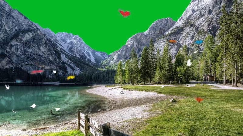 绿屏抠像雪山草地湖泊蝴蝶