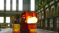 重工业钢铁锻压切割视频素材