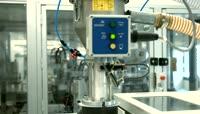注塑机注塑成型自动化生产视频素材