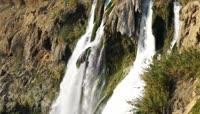 瀑布泉水溪流视频素材
