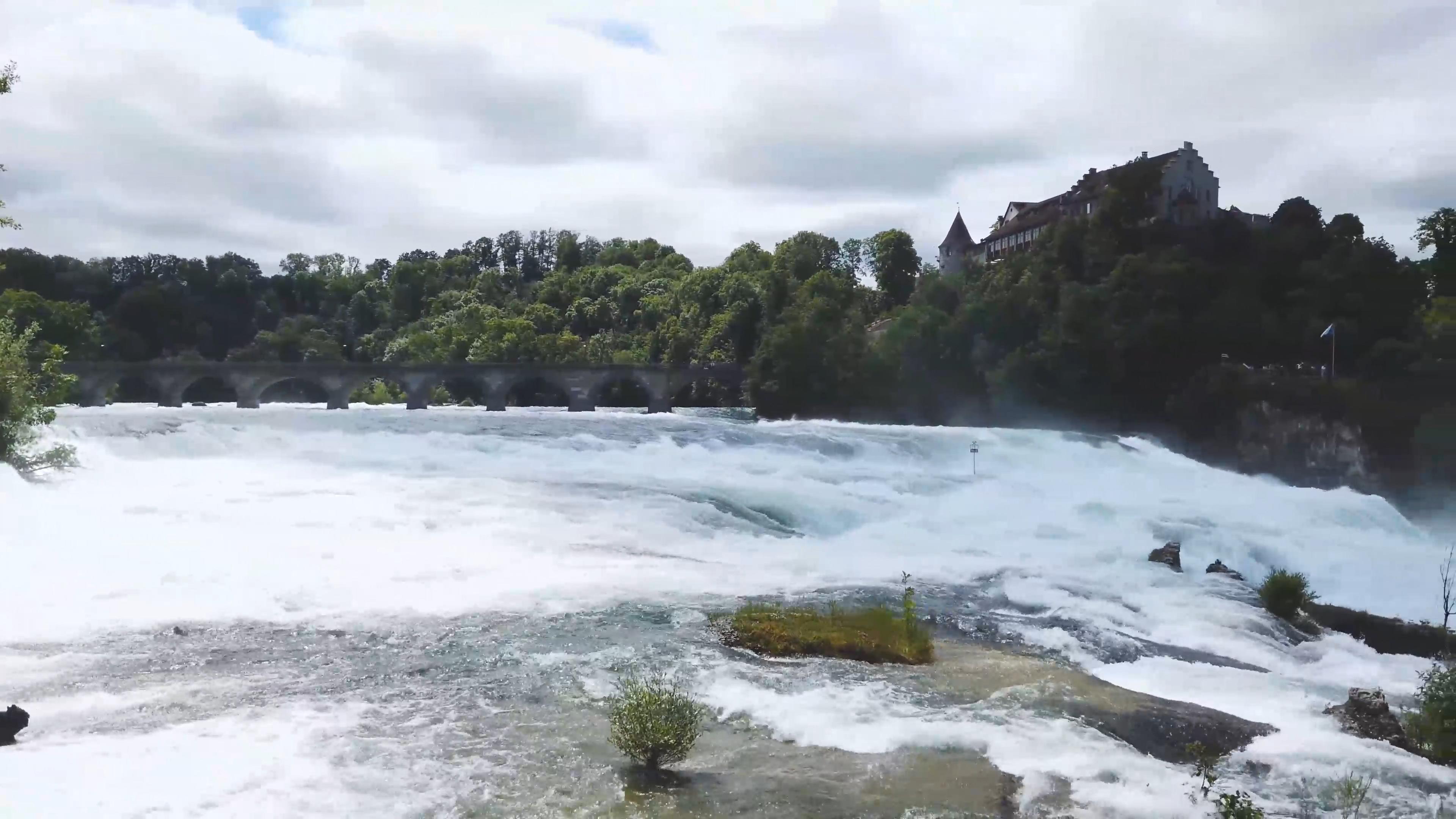 瀑布 水流