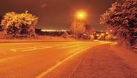 路边灯光车流夜景高清实拍视频素材
