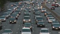 高速公路车流拥挤有序行驶实拍高清视频素材