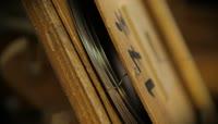 实拍钢琴艺术的生产制作过程 制造钢琴弹试钢琴