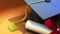 学士帽毕业证等毕业典礼视频素材4