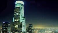 大城市的车水马龙流光溢彩