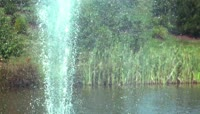 池塘喷泉瀑布
