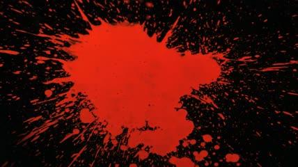 红色油漆飞溅