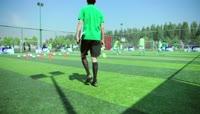 青少年足球队训练