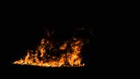带通道 烟雾  火焰 爆咋 击碎玻璃合成素材