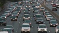 高速公路 车流拥挤 有序行驶