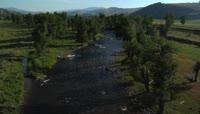 远山 河流 树木 自然