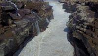 15黄河壶口瀑布