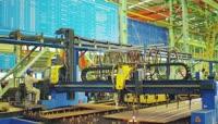 ST01964现代化自动化生产基地工人焊辛勤工作建设美丽中国大都市地标建筑美景