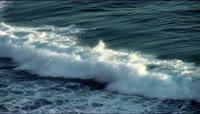 实拍震撼大气大海海浪涌动拍打视频素材