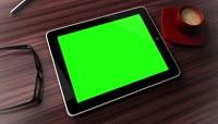 商务白领笔记本办公绿屏抠像三维动画场景