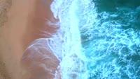 海浪拍打海滩高清实拍视频素材