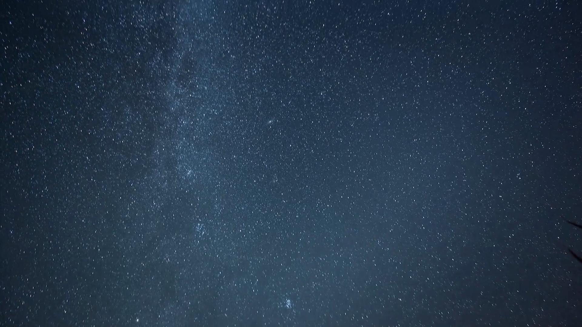 美丽的星空延时摄影