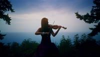 钢琴小提琴户外表演