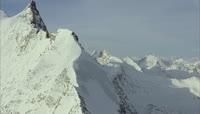 航拍珠穆朗玛峰雪山视频素材